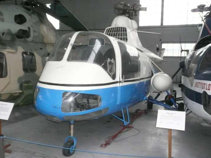 PZL SM-2 light utility helicopter enlarged license-built Mil Mi-1