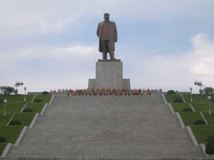 Kim Il Sung statue on a in Kaesong near the South Korean border
