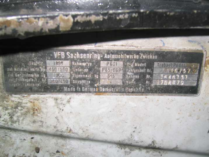 Production tag of the Crazy Guides Trabant P601L produced by the VFB Sachsenring Automobilwerke Zwickau