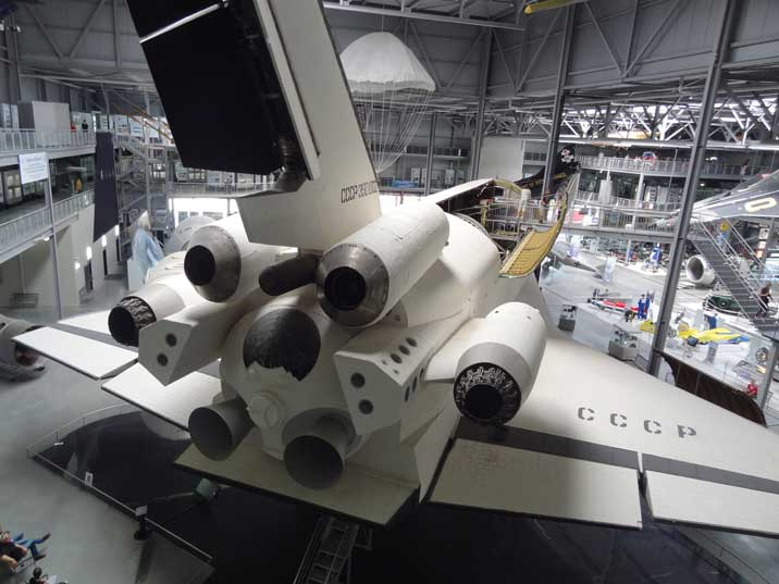 The Buran is fitted with four AL-31 jet engines mounted at the rear, it could take off under its own power for flight tests