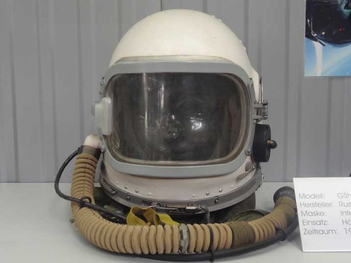 Soviet GSh-6A Helmet used between 1968 and 1980 for Mig-21's, MiG-23's and MiG-25's, replacing the GSh-4