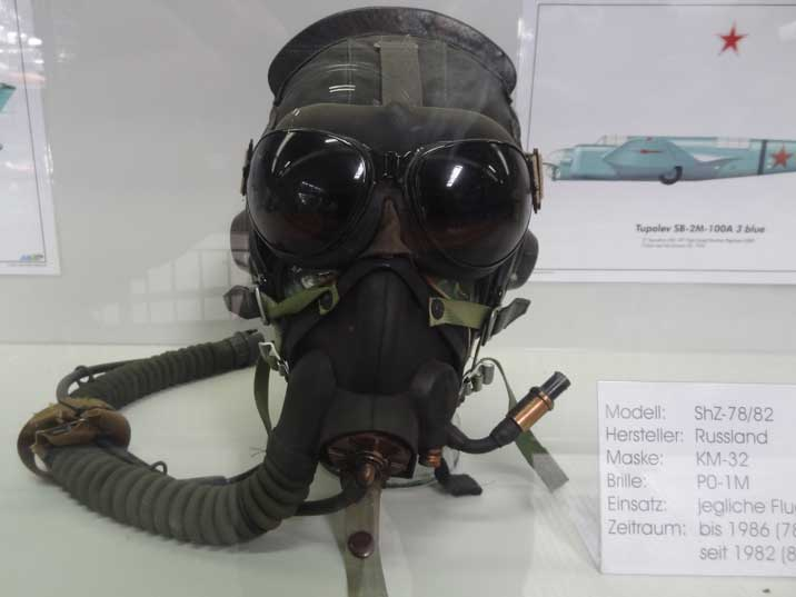 Soviet ShZ-78/82 Pilot Helmet with PO-1M visor and KM-32 Mask used between 1982 and 1986