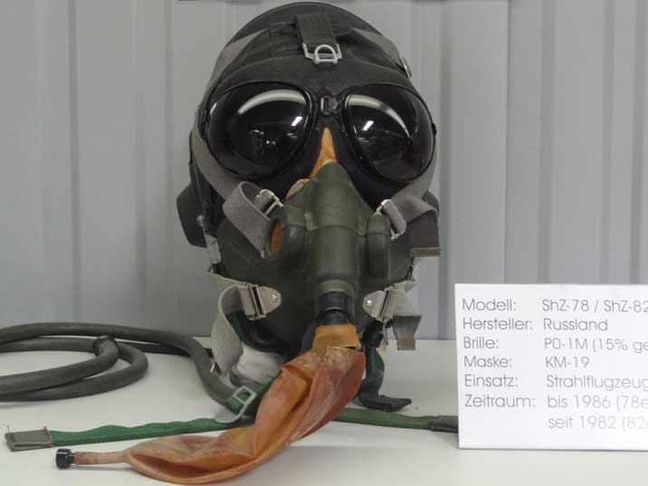Soviet ShZ-78/82 Pilot Helmet with PO-1M visor and KM-19 Mask used between 1982 and 1986