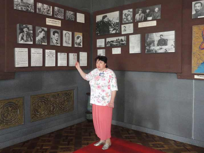 The guides from the Stalin Museum fit in very well in this museum where nothing has changed since Soviet times