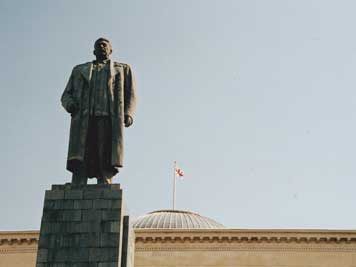 The famous Stalin Statue on Stalin Square in the city centre of Gori before it was removed in June 2010